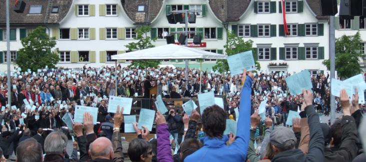 The narrow vote is decided by the Landamman of Glarus