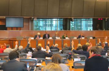 The constitutional committee voting on ECI reform proposals on 28 September 2015