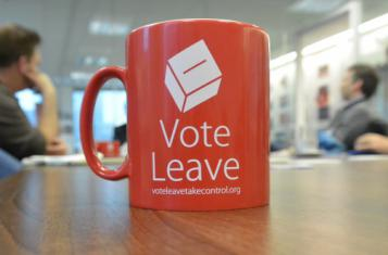 A cup of the VoteLeave campaign (Photo by Bruno Kaufmann)